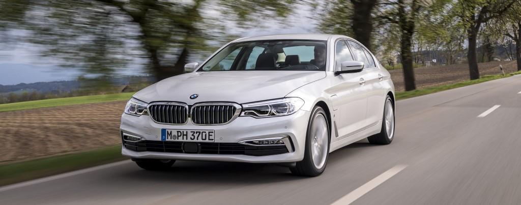 Laadpaal plaatsen voor uw BMW 530e iPerformance?