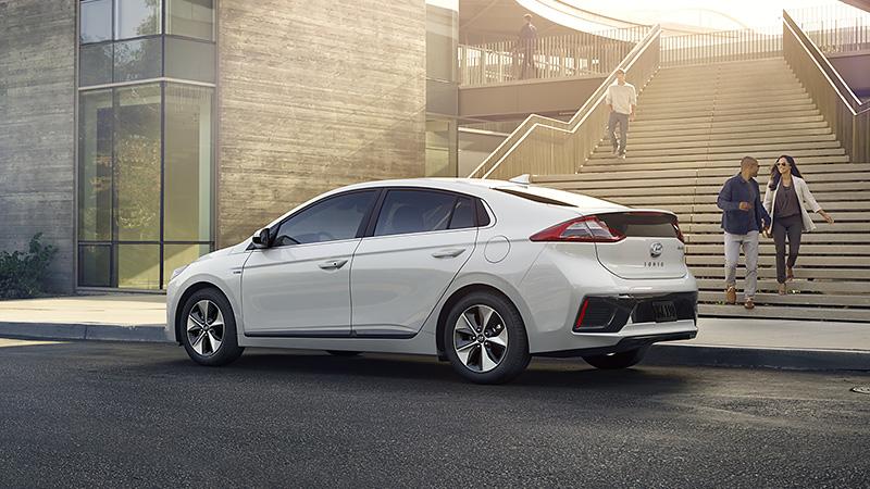 Laadpaal plaatsen voor een Hyundai IONIQ Electric 2016? - ENGIE