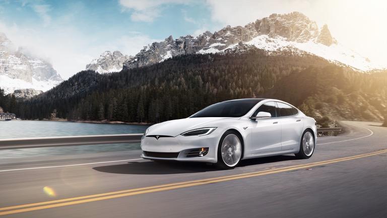 Een laadpaal voor uw Tesla Model S Performance?